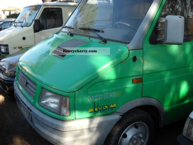 Iveco Daily 30 8 2 5 Diesel Pl Ta Furg Basic 1994 Other
