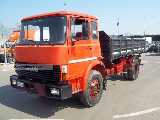 1981 Iveco  FIAT 150.17 Truck over 7.5t Tipper photo