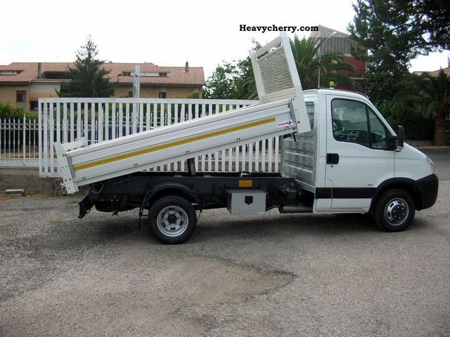 iveco iveco daily 35c15 euro 4 2007 roll off tipper truck photo and specs. Black Bedroom Furniture Sets. Home Design Ideas