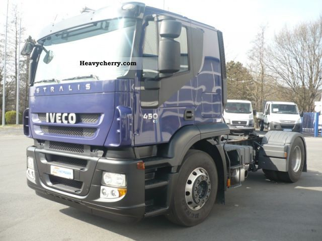 2009 Iveco  AT440S45T / P (Euro4 Intarder Air) Semi-trailer truck Standard tractor/trailer unit photo