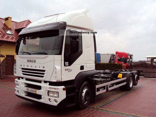 2008 Iveco  420th .. Stralis Euro 5 ... BDF ... 6X2 manual transmission .. Truck over 7.5t Swap chassis photo