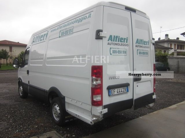 iveco daily 35s13 clima 444 2011 box type delivery van high and long photo and specs. Black Bedroom Furniture Sets. Home Design Ideas