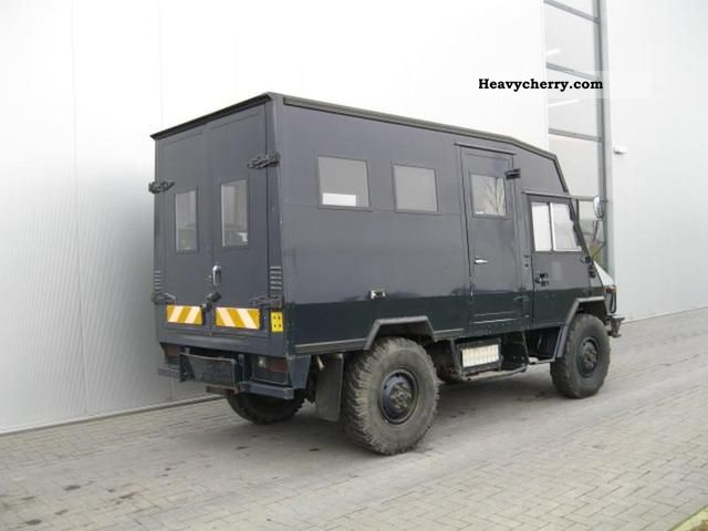 Iveco TURBO DAILY 40 10 4X4 MANUEL 1990 Chassis Truck Photo