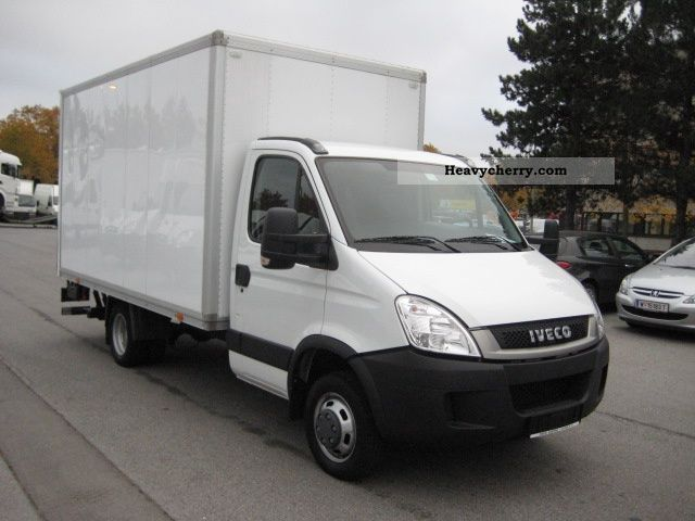 iveco daily 35c15 2010 box truck photo and specs. Black Bedroom Furniture Sets. Home Design Ideas