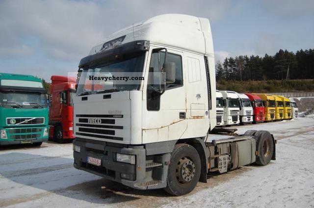 2000 Iveco  LD440E43 Semi-trailer truck Standard tractor/trailer unit photo