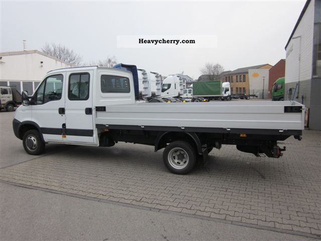 iveco daily double cab 35c17d 2011 stake body truck photo and specs. Black Bedroom Furniture Sets. Home Design Ideas
