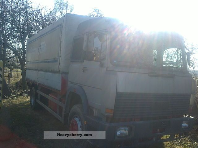 1983 Iveco  magirus 290 M 19 FL Truck over 7.5t Stake body and tarpaulin photo