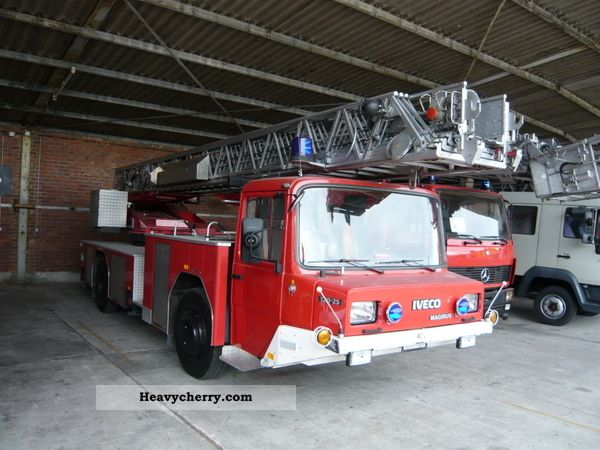 1987 Iveco  Turntable ladder Magirus DLK 23-12 Nb Truck over 7.5t Hydraulic work platform photo