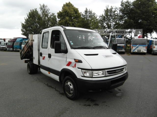 iveco daily 35c12 tipper double cab 6 seater 2006 tipper truck photo and specs. Black Bedroom Furniture Sets. Home Design Ideas