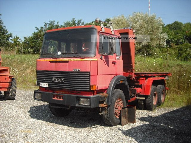 1983 Iveco  330.35 Truck over 7.5t Tipper photo