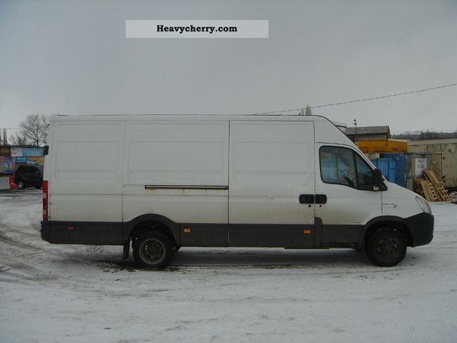 iveco daily 35c15 kuhlkastenwagen 2008 refrigerator box truck photo and specs. Black Bedroom Furniture Sets. Home Design Ideas