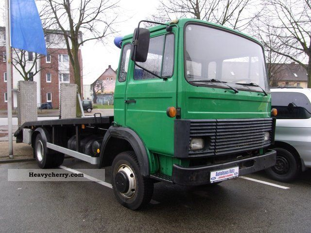 1983 Iveco  M130 M8FL car transporter Van or truck up to 7.5t Car carrier photo