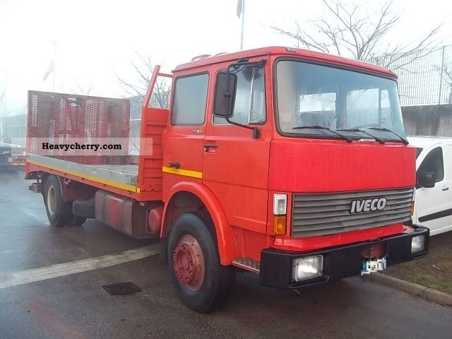 1982 Iveco  FIAT 159 20 Truck over 7.5t Stake body photo