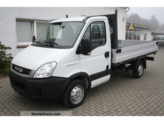 2011 Iveco  Daily 29L 12 platform with trailer hitch Van or truck up to 7.5t Stake body photo