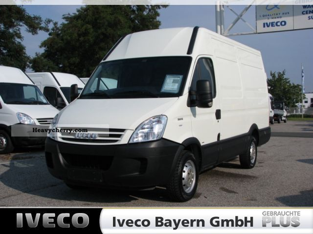 iveco daily 35s12v wheelbase 3300mm  euro 4  2009 box type Cat 3520 Generator Set Diesel Cat 3516 Generator