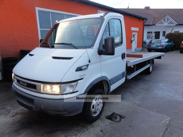 2003 Iveco  50C13 tow truck with a winch Van or truck up to 7.5t Breakdown truck photo