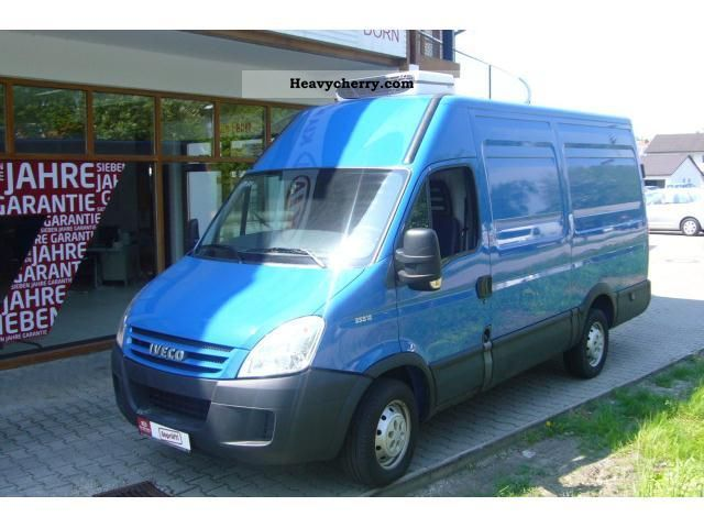 2009 Iveco  Daily 35 S12 refrigerated trucks Van or truck up to 7.5t Other vans/trucks up to 7 photo
