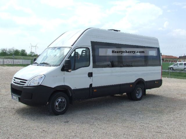 2011 Iveco  Daily 50C15V minibus with 22 seats Coach Clubbus photo