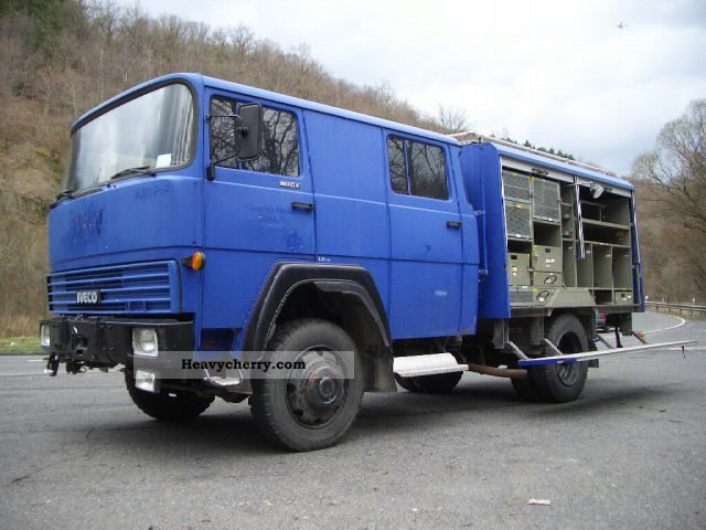 1984 Iveco  Iveco-Magirus FM 130D9 FA THW wheel Doka Van or truck up to 7.5t Other vans/trucks up to 7 photo