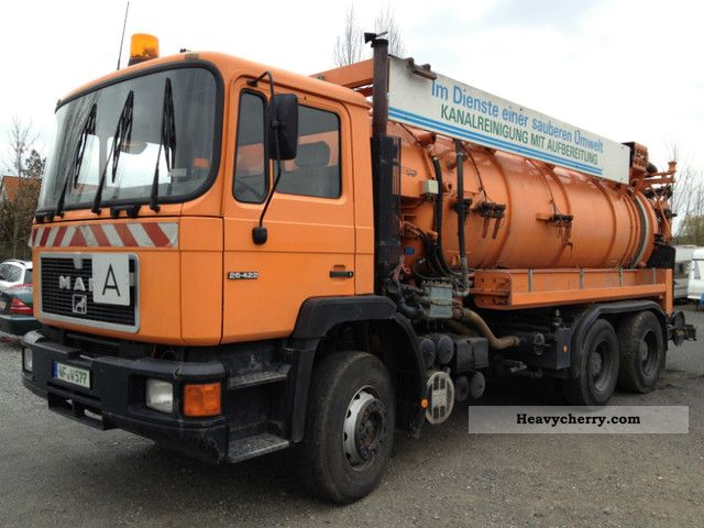 1992 MAN  26 422 Suction \u0026 Spühl with water recovery Truck over 7.5t Vacuum and pressure vehicle photo