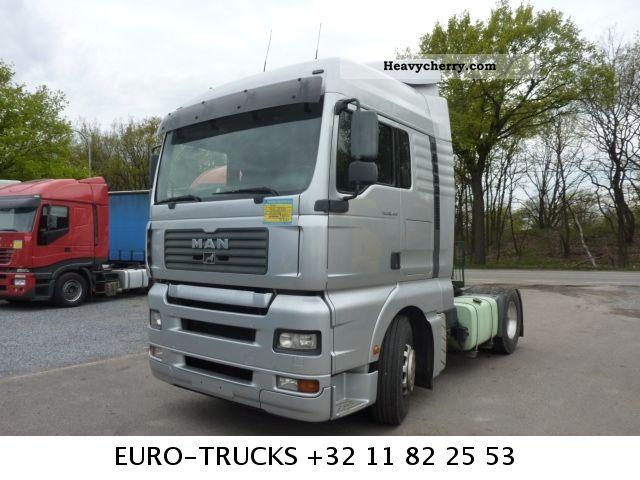 2006 MAN  TGA 18 430 XXL Semi-trailer truck Standard tractor/trailer unit photo