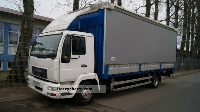 2003 MAN  LE12.220 top condition Truck over 7.5t Stake body and tarpaulin photo