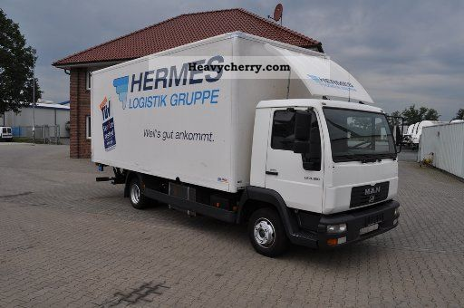 2003 MAN  LE 8.180 suitcase .... with LBW Van or truck up to 7.5t Box photo