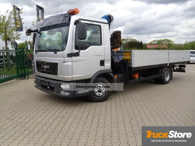 2010 MAN  10 180 BC Climate Truck over 7.5t Stake body photo