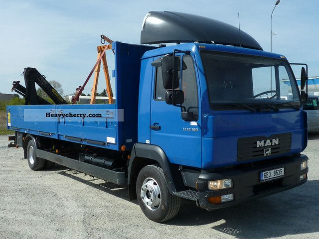 2004 MAN  L2000 12 180 4x2 crane Truck over 7.5t Stake body photo