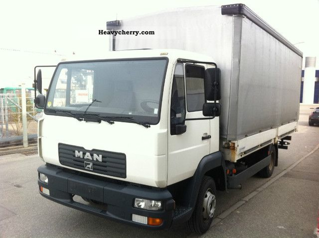 2003 MAN  LE 8.180 EURO 3/40 ONLY TKM! / 1.HAND / TOP! Van or truck up to 7.5t Stake body and tarpaulin photo