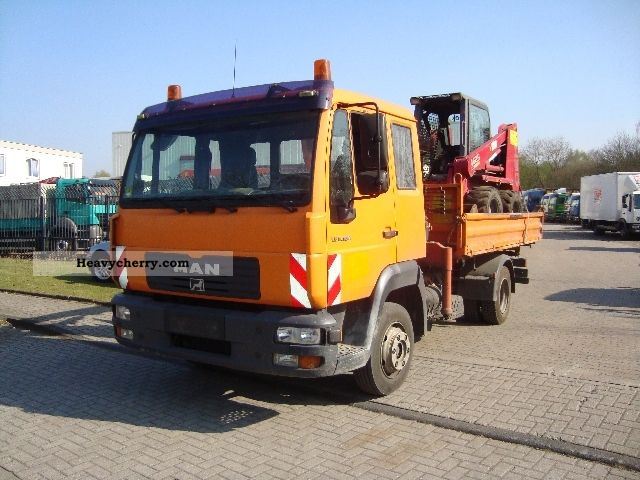 2003 MAN  LE 180C 3 way tipper + crane Atlas Van or truck up to 7.5t Tipper photo