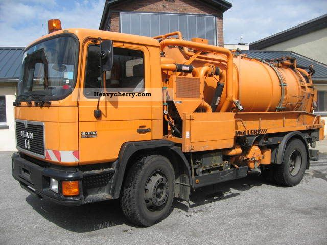 1994 MAN  18 232 Mueller cleaner suction channel and trucks Truck over 7.5t Vacuum and pressure vehicle photo