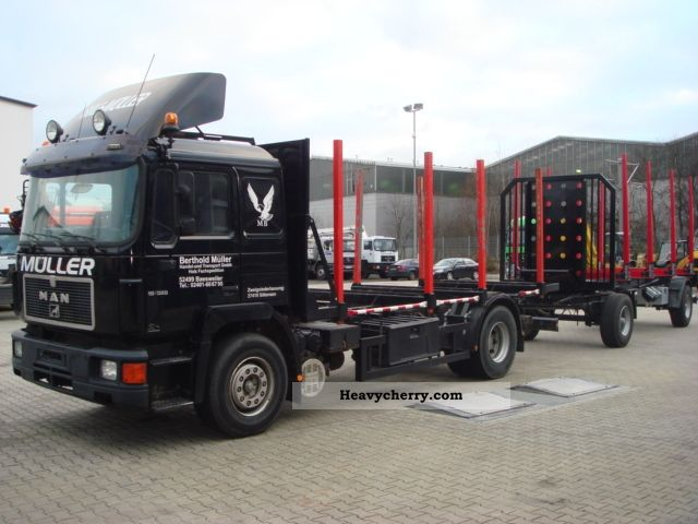 1992 MAN  18 322 short flatbed Truck over 7.5t Timber carrier photo