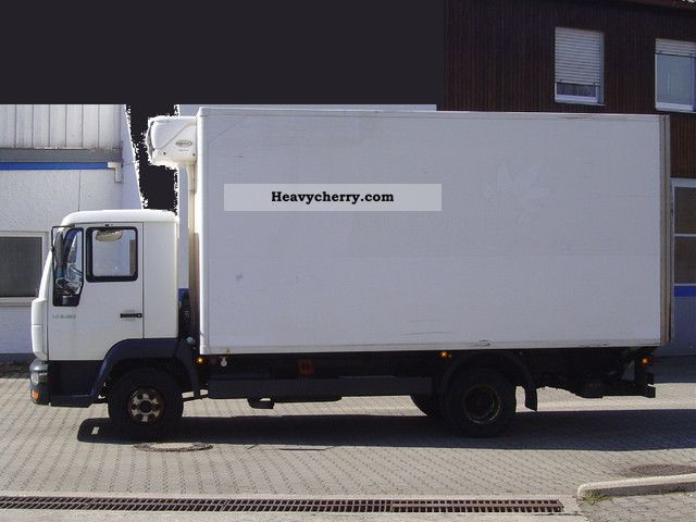 2003 MAN  LE 8.180 Van or truck up to 7.5t Refrigerator body photo