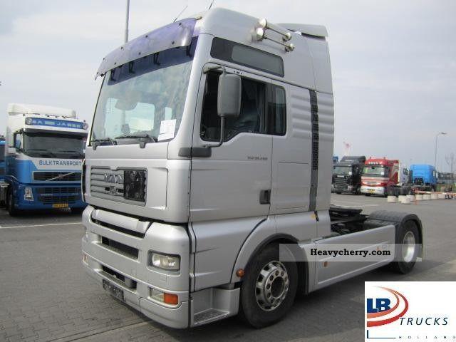 2003 MAN  TGA 18.480 retarder Semi-trailer truck Standard tractor/trailer unit photo
