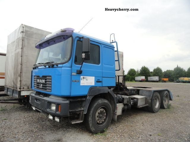 2001 MAN  33 464 Truck over 7.5t Chassis photo