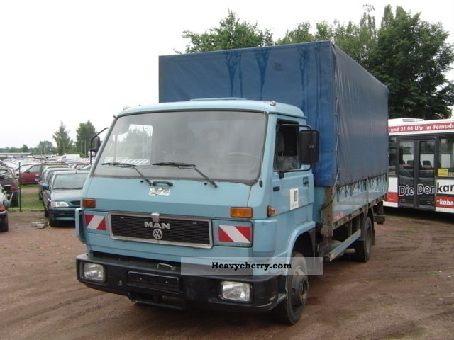 1992 MAN  LOX-F 6100 Flatbed / tarpaulin / LBW Van or truck up to 7.5t Stake body and tarpaulin photo