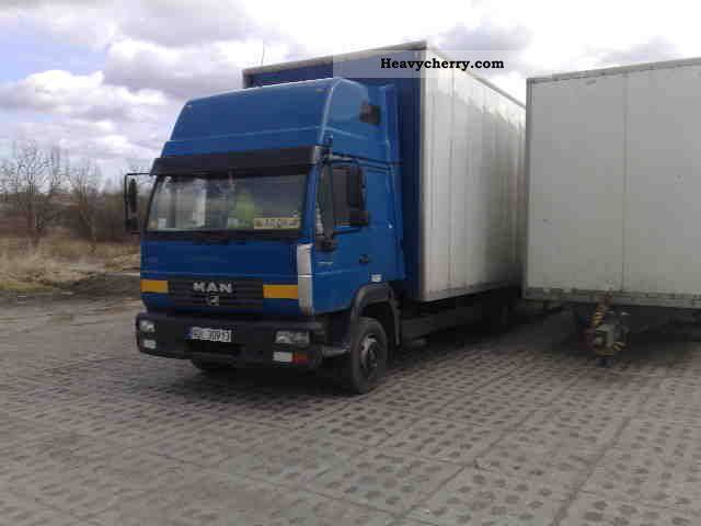2003 MAN  LC 8-220 Van or truck up to 7.5t Box photo