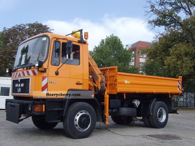 1992 MAN  17.232/19.232 4x4 / Dreiseitenkipper Truck over 7.5t Tipper photo