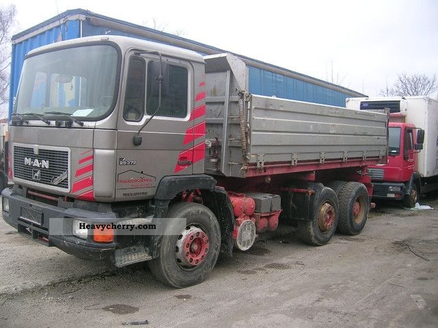 1992 MAN  25 372 Truck over 7.5t Tipper photo