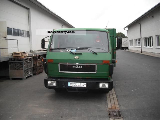 1992 MAN  8150 Truck over 7.5t Stake body photo