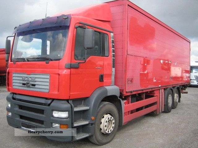 2001 MAN  26.360/6X2 FNLLC TGA lift axle Truck over 7.5t Beverage photo
