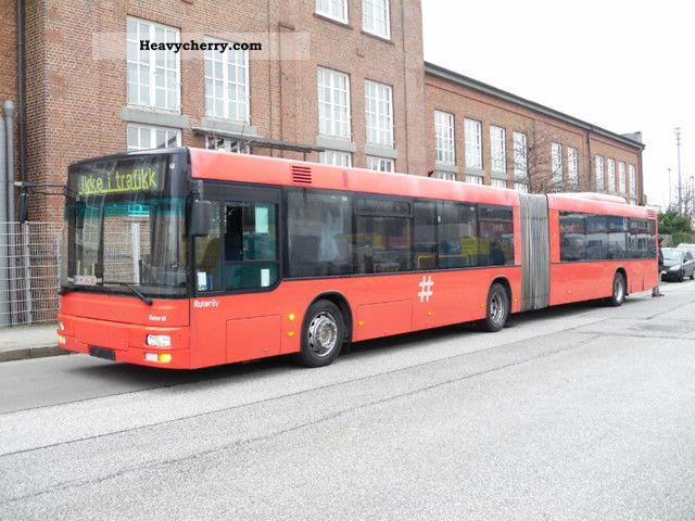 2004 MAN  A 23 articulated bus with air-3 € Coach Articulated bus photo