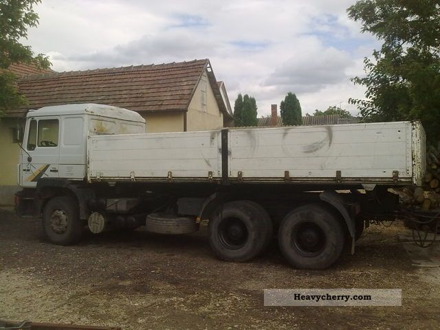 1995 MAN  26 422. Truck over 7.5t Tipper photo
