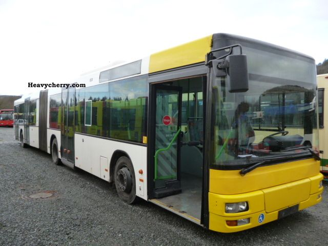 2000 MAN  A 23 NG 313 / climate / 310 hp Coach Articulated bus photo