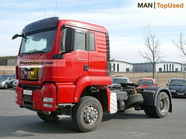 2010 MAN  TGS 18.440 4x4 BLS (Euro5 air air suspension) Semi-trailer truck Standard tractor/trailer unit photo