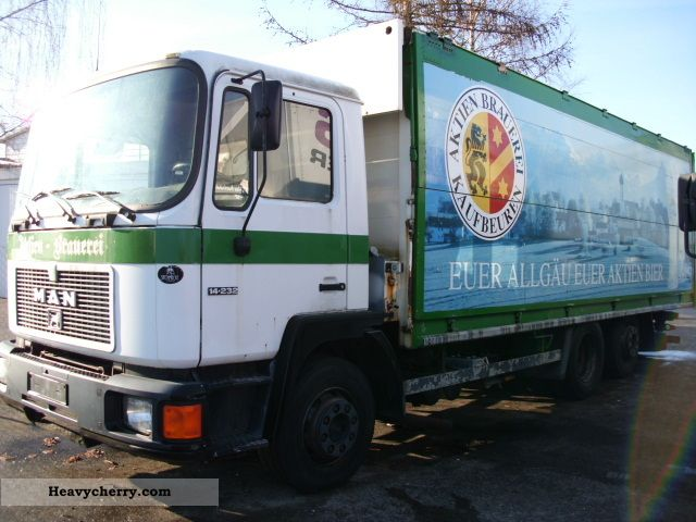 1992 MAN  Beverages Truck over 7.5t Beverage photo