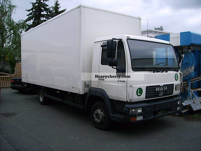 2003 MAN  LE 8.180, L 200 Van or truck up to 7.5t Box photo