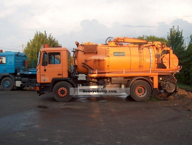 1993 MAN  18 272 Truck over 7.5t Vacuum and pressure vehicle photo