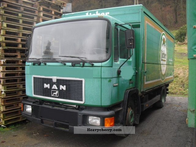 1990 MAN  14 232 drinks body - loading area 5.30 m Truck over 7.5t Beverage photo